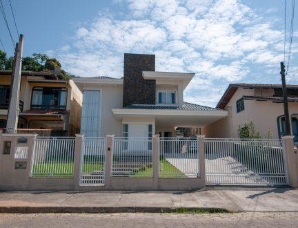 Casa W